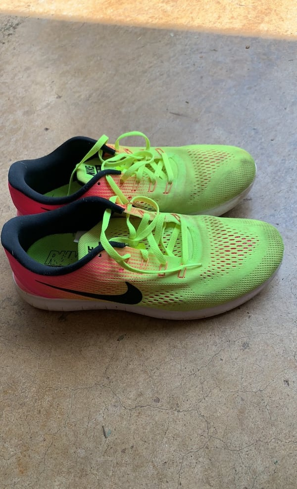 Nike Running Shoes 119818bc-504d-4999-8799-0f815bf9072d