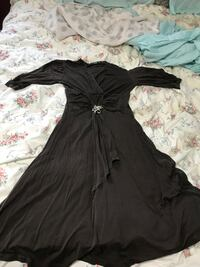 black long-sleeved dress St Catharines, L2P 2A4