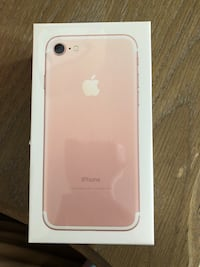 Brand new iPhone 7 32GB unlocked, Unopened sealed box Oakville, L6L 6V5