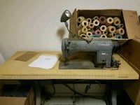singer 660 A203 industrial sewing machine  La Grange, 78945