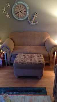 Brown Love seat couch and ottoman