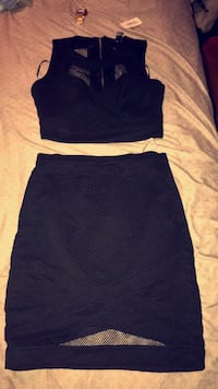 Black crop top and skirt 2 piece outfit