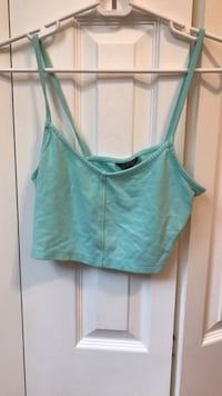 crop top from Top Shop, size  6 but fits as a small