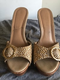 pair of brown leather open-toe sandals Los Angeles, 90016