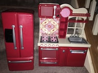 OG kitchen set for American girl dolls.  Two piece set 13 km