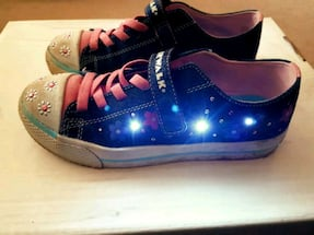 LED Airwalk Kids Sneaker, Size 3