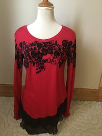 women's red and black floral long sleeve shirt