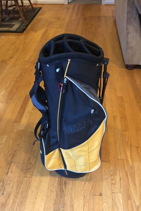 Ultra Golf Bag a20a1201-e87a-4f68-8452-677eef68ec10