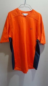 Nike Men's size XL Surrey