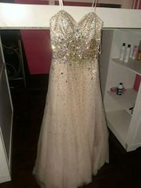 dress Mishawaka, 46545