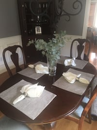 Oval Dining Room Table-4 Chairs