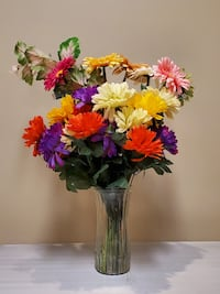 HUGE, NEW!! BOUQUET BEAUTIFUL ARTIFICIAL FLOWERS (vase not included). Arlington, 22204