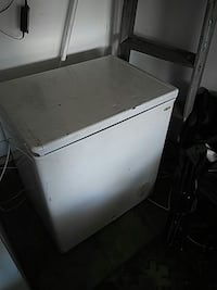 white chest freezer San Bernardino, 92404