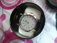 round silver analog watch with black leather strap New Town, 700135