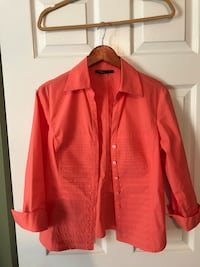 Tracy M red button-up long sleeve shirt