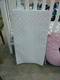 white and gray bed mattress El Paso, 79930