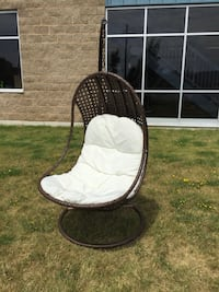Brand new swing chair Mississauga, L5M 6Y1