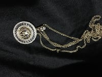 Versace chain and pendant Dundas, L9H 0B7