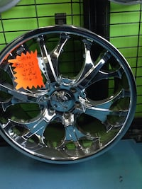 "Beautiful set of Chrome 20"" Voodoo Alloy Rims Toronto, M1P 2B4"