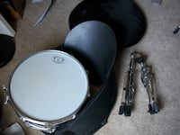 GP snare drum with case and stand Severn