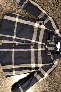 Burberry long sleeve. Size 9 months