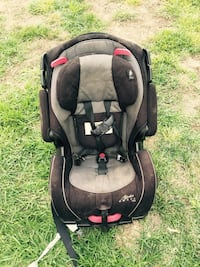 black and brown carseat carrier Garden City, 67846