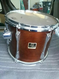brown and silver Yamaha snare drum Washington, 20019