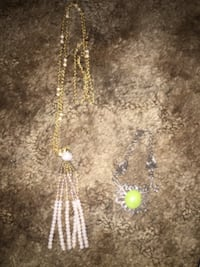 Necklace and bracelet! $5 each or set for $8! Can meet you! Lenoir