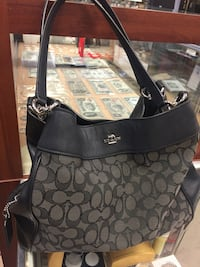 Designer Purses GREAT Holiday GIFTS  Bakersfield, 93309