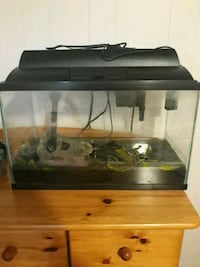 Great self cleaning fish tank!