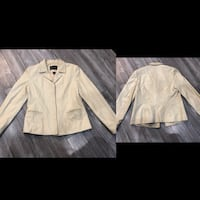 Beautiful woman's small to medium danier leather jacket soft leather Winnipeg, R3Y