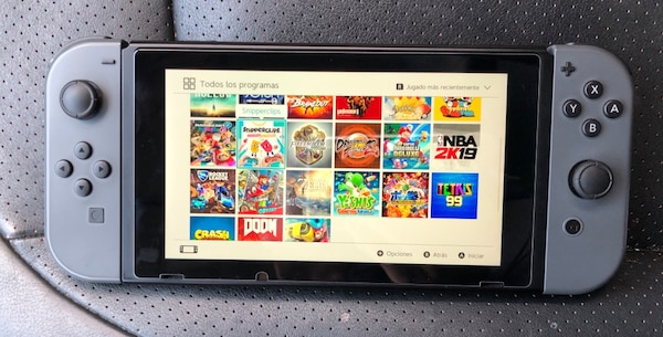 Nintendo Switch Used! Working perfectly! d5912333-3ca4-4e33-b0eb-60e4b179c96c