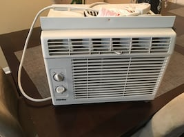 Like New Window Air Conditioner!!