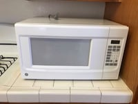 White general electric microwave  Moreno Valley, 92553