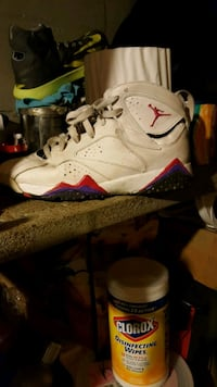 white-and-red Air Jordan 7 shoes Akron, 44301