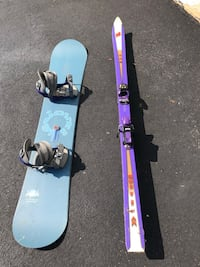 Old snowboard and skis possible craft project or decor  Leesburg, 20176