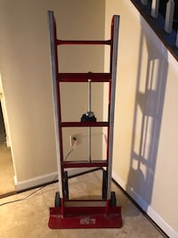 Milwaukee 800-lb 2-Wheel Red Steel Appliance Hand Truck