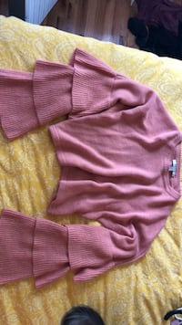 pink and gray striped sweater Perth Amboy, 08861