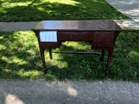 Free table Overland Park, 66214