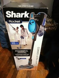 black and blue Shark upright vacuum cleaner box Oakland, 94603