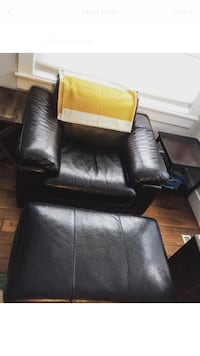 Leather sofa chair with matching ottoman Edmonton, T5N