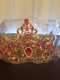 Brand new tiara crown - gold and red diamonds Montréal, H8N