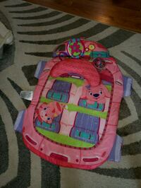 Baby play mat- moving steering wheel  Middlesex, 08846