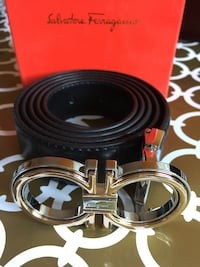 Leather Belt with Silver Buckle in Case 539 km
