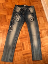 Blue denim jeans  Laval, H7P 5E4