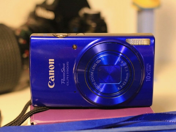Canon ELPH 190 (Image Stableized)