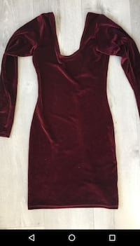 Beautiful mehroon velvet suede dress XS/S. Mississauga, L5W 1G9