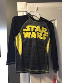 Boys yellow black Star Wars hoody  London, N6E