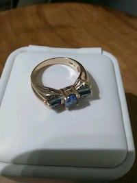 10 k yellow gold vintage ring Guelph, N1E 4C1