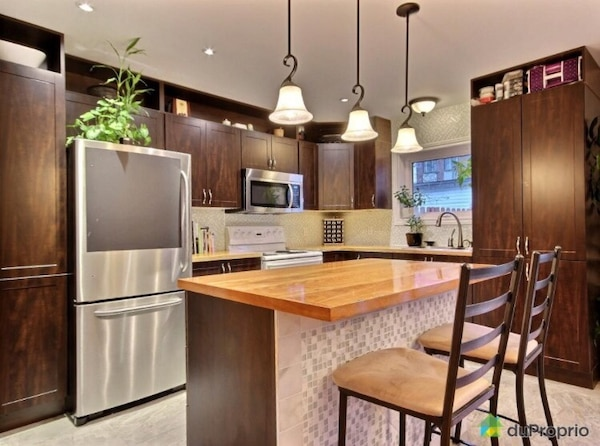 Kitchen Cabinets Countertops Sink And Faucet For Sale 1000